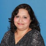 Gita Agarwal, MD : Physician