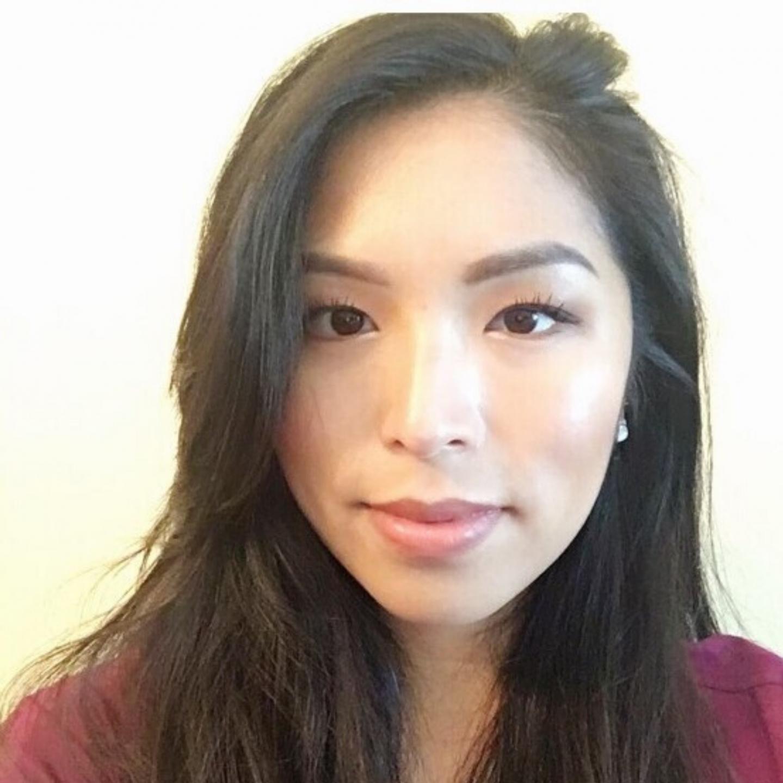 Erica Lo, DMD : Dentist